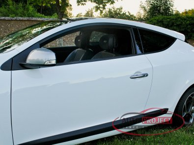RENAULT MEGANE III COUPE 2.0 DCI 160 FAP GT - 9