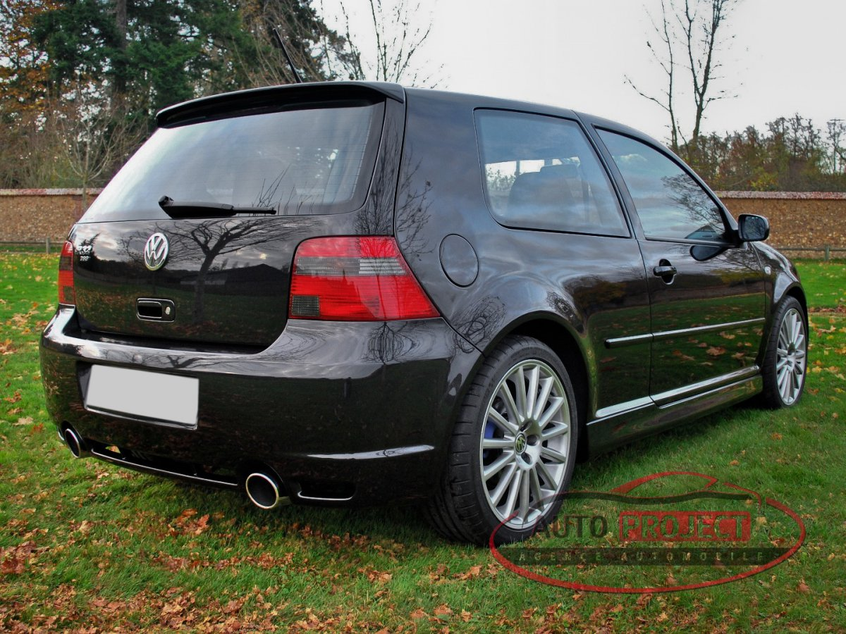 volkswagen golf iv 3 2 v6 241 r32 dsg n 041 voiture d 39 occasion evreux 27000 auto project. Black Bedroom Furniture Sets. Home Design Ideas