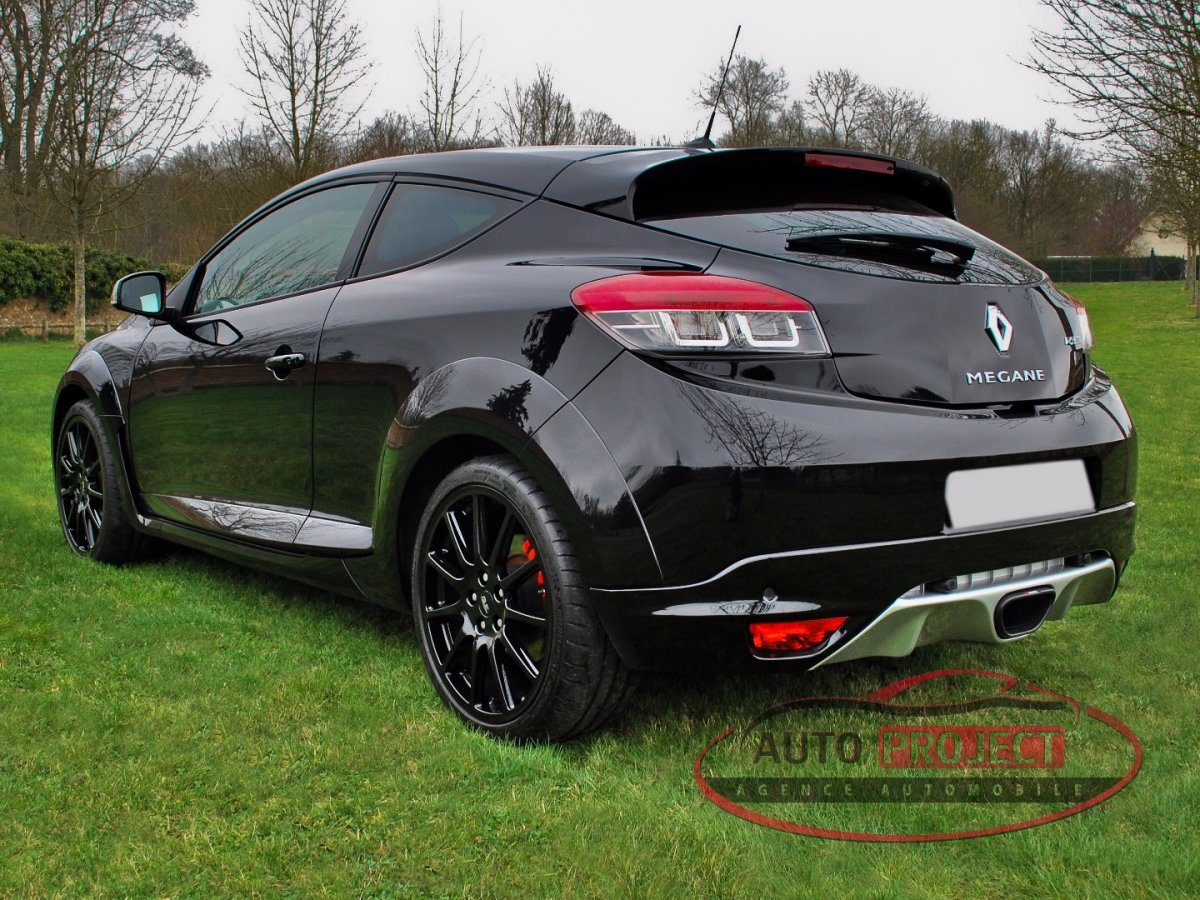 renault megane iii coupe 2 0 turbo 275 rs trophy n 0047 voiture d 39 occasion evreux 27000. Black Bedroom Furniture Sets. Home Design Ideas