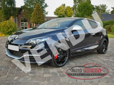 142 - 0 - RENAULT MEGANE III COUPE 2.0 TURBO 265 RS RED BULL RACING N°188
