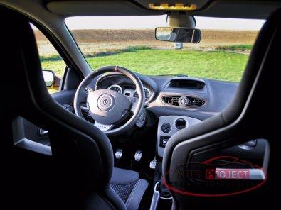 RENAULT CLIO III 2.0 16V 197 RS F1 TEAM R27 N°927 - 14
