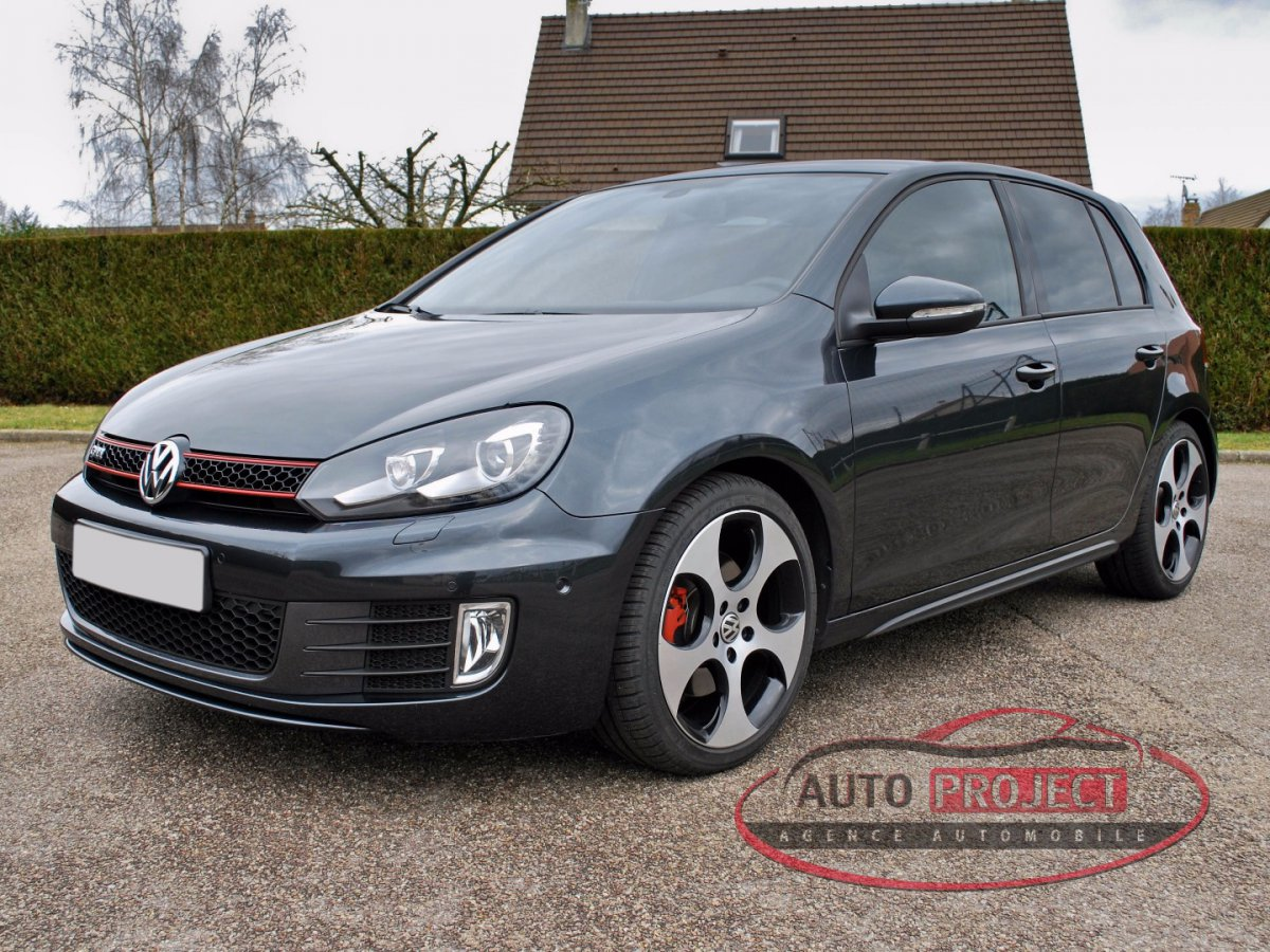 Volkswagen golf vi 2 0 tsi 210 gti voiture d 39 occasion for Golf 6 gti interieur