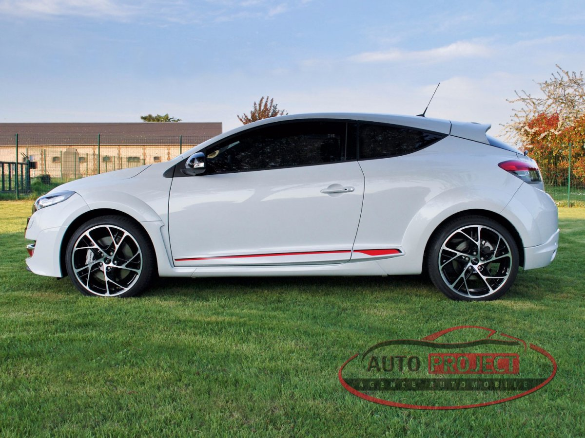Renault Megane Iii Coupe 2 0 Turbo 265 Rs Luxe Voiture D Occasion Disponible Auto Project Agence Automobile A Evreux Normandie