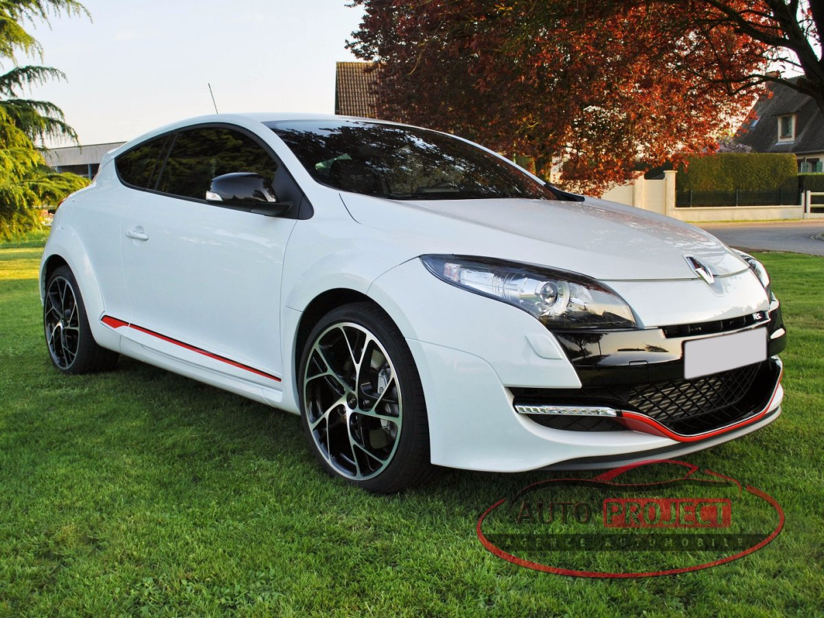 renault megane iii coupe 2 0 turbo 265 rs luxe voiture d. Black Bedroom Furniture Sets. Home Design Ideas