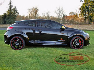 RENAULT MEGANE III COUPE 2.0 TURBO 265 RS RED BULL RACING RB7 N°275 - 6