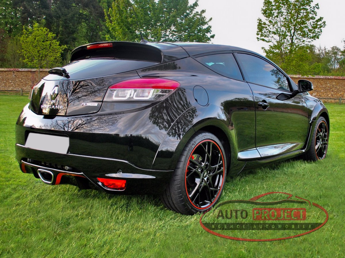 renault megane iii coupe 2 0 turbo 265 rs voiture d 39 occasion disponible auto project agence. Black Bedroom Furniture Sets. Home Design Ideas