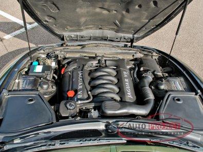 JAGUAR XK8 COUPE 4.0 V8 294 - 12