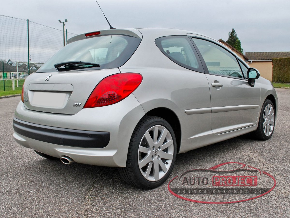 voiture occasion peugeot 207 voiture occasion peugeot 207 labellis e vendre ref 784 voiture. Black Bedroom Furniture Sets. Home Design Ideas