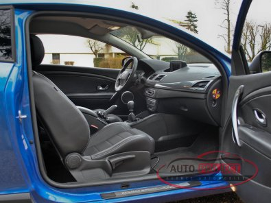 RENAULT MEGANE III COUPE 2.0 DCI 160 FAP GT - 16