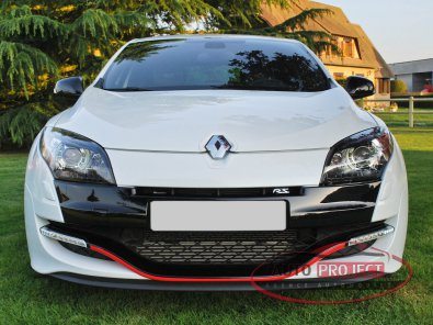 RENAULT MEGANE III COUPE 2.0 TURBO 265 RS LUXE - 8