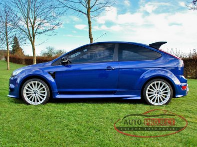 FORD FOCUS II 2.5 TURBO 305 RS - 2